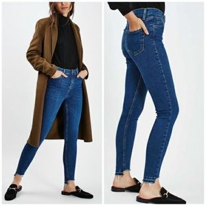 Topshop Jamie Raw Cut Step Hem Jeans